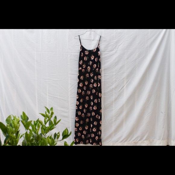 Forever 21 Dresses & Skirts - Long flower dress